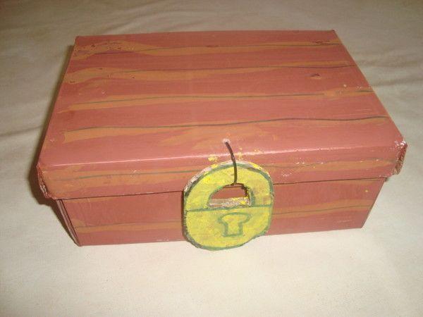 Un coffre tr sors fabriquer un petit coffre au tresor - Comment fabriquer un coffre en carton ...